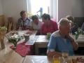 setkání seniorů v klubovně 11.5. 2016 004